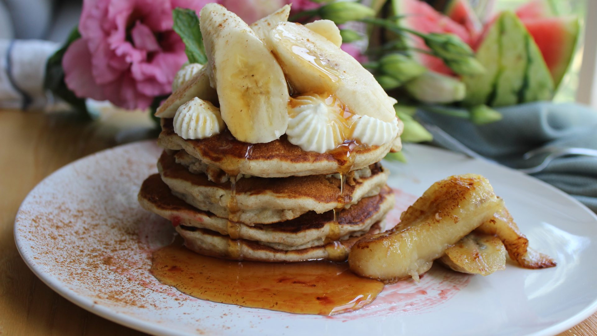 Our favourite pancakes – banana pancakes fluffy on the inside, crispy on the edges, no added sugar