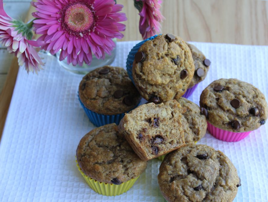 Amazing, moist, flavourful, delicious and quick to make one-bowl banana muffins that happen to be healthy