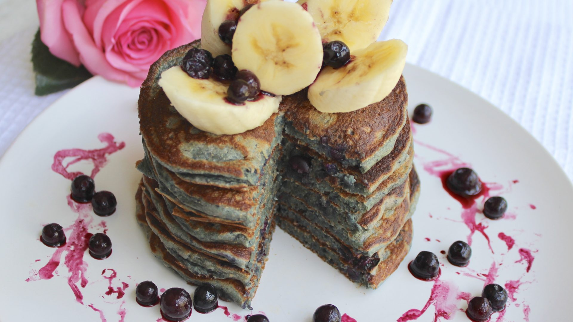 100% Whole Wheat Wild Blueberry Smoothie Pancakes